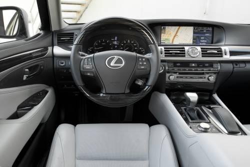 Lexus LS 2014